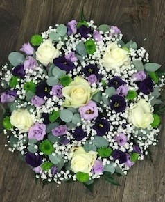 Rose and Lysianthus Posy