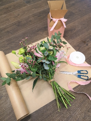 Hand tied bouquet workshop Saturday 16th May