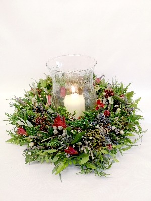 Woodland Wreath table arrangement