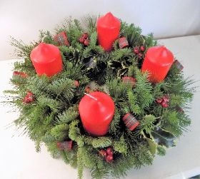 Festive Wreath Candle Table Arrangement