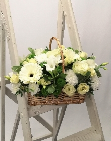 White wicker trug